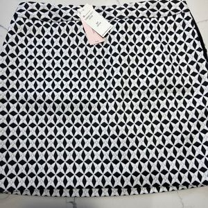 NWT size 6P Black and White patterned Mini Skirt